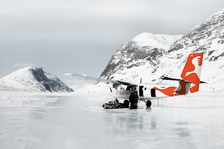 air_inuit_livery_on_ice